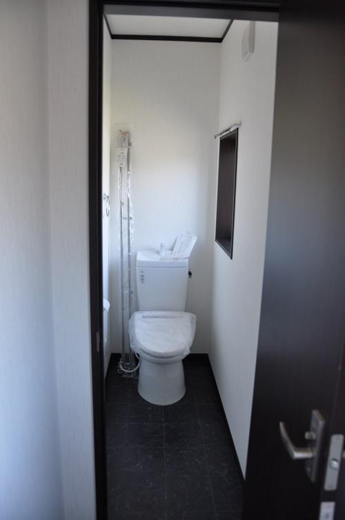 永島邸2Fトイレ施工後