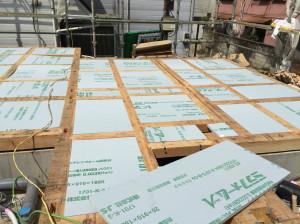 土台敷き込み・床断熱材施工